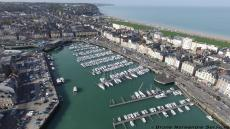 Port normand en vue aerienne