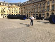 Préparatif pour prise de vue aérienne place Vendôme Paris