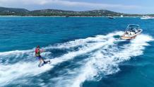 Prise de vue aérienne par pilote de drone en Corse