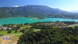 Prises de vues aériennes par drone en photo d'une commune