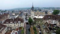 Promenade de l iton le beffroi et la mairie d Evreux