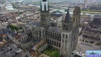 Rouen sa cathedrale et la seine vue du ciel par un drone