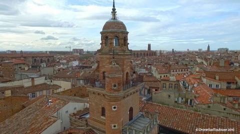 Toulouse en prise de vue aérienne par entreprise de drone Photo en Occitanie