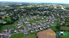Village en vue aerienne par un drone