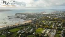 Ville de Bretagne en Photo aérienne par drone