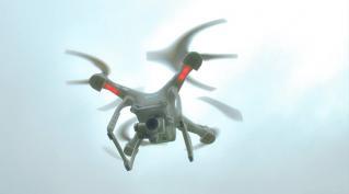 Vol de drone au dessus d une prison