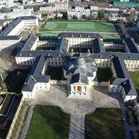 Vue aérienne du château de Versailles et ses annexes
