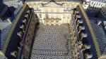Vue aerienne cour interieur chateau