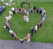 Vue aérienne de mariage par drone l'Ardèche