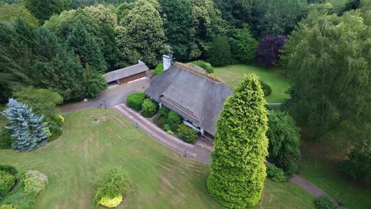 Vue aérienne de propriété photographie d un drone pour mise en valeur bien immobilier