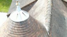 Vue aérienne pour inspection faîtage sur toiture maison
