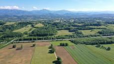 Vue aérienne par drone en Occitanie proche Tarbes