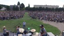 We love rock n concert géant a Evreux par pilote de drone